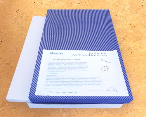 papel-couche-autoadhesivo